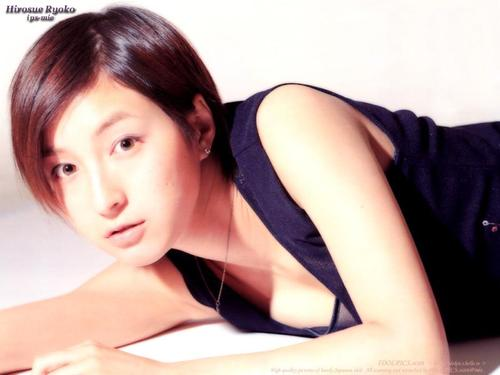 洋服が素敵な笠井恵利香さん